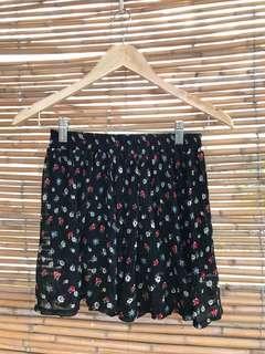 Item 018: floral skirt