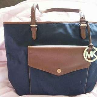 MK bag ( Authentic )
