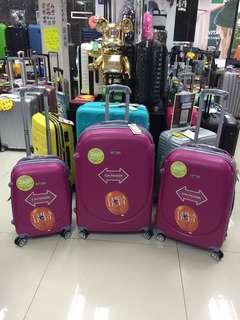 阿豪 超輕 全新 360雙轆 超優惠 行李箱