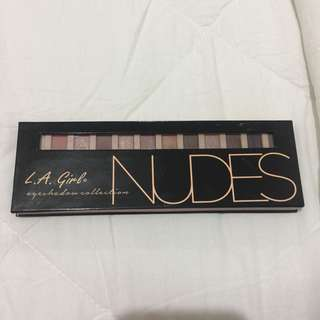 LA GIRL NUDES Eyeshadow Pallete