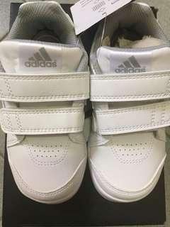 Adidas白波鞋15cm