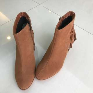 LL size 咖啡水蜜桃絨 短靴