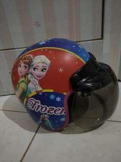 Helm bogo frozen