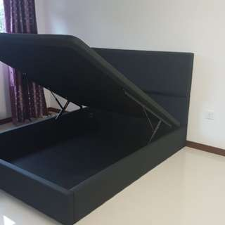 Customade storage bed