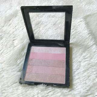 REVLON HIGHLITING PALETTE
