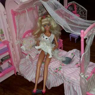 Barbie bath n bed