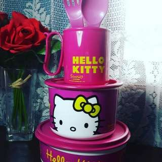 Paket hello kitty tupperware