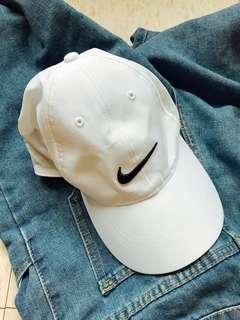 Nike白帽
