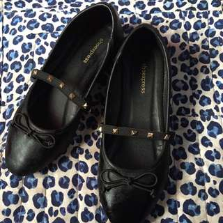 AUTHENTIC SHOE EXPRESS FLATS
