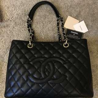 Chanel 菱格Caviar皮革GST銀扣鏈帶肩背袋 黑色