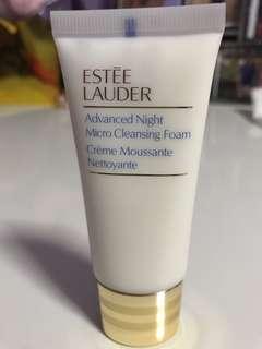Estée Lauder cleansing foam