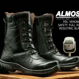 Sepatu asli import almost pdl  venom kulit.