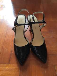 Venilla Suite Women black high heels