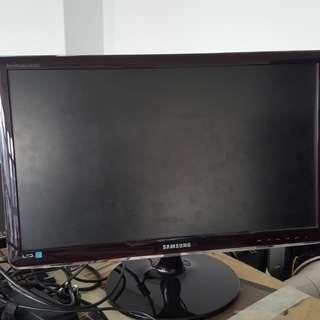 Samsung and Dell Monitors
