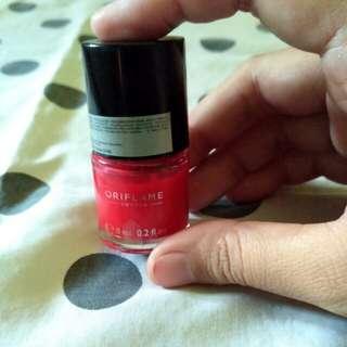 Pure Colour Nail Polish shade Coral Red