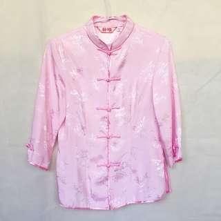 粉紅色唐裝上衣