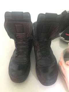 Rickowens 鞋 black color 98%新 連盒冇陳袋size43