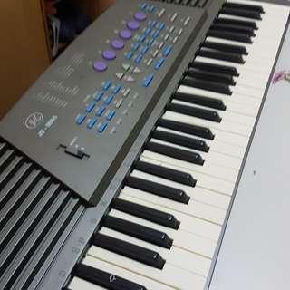 多功能豪華型電子琴