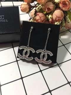 Chanel 長耳環