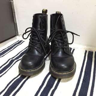dr. martens馬丁鞋