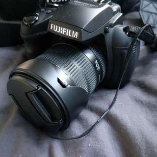 Fujifilm Finepix HS 30 EXR