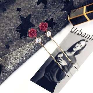 熱銷款現貨🌹氣質典雅立體韓版玫瑰花長耳環