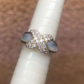 18kt diamond shell ring
