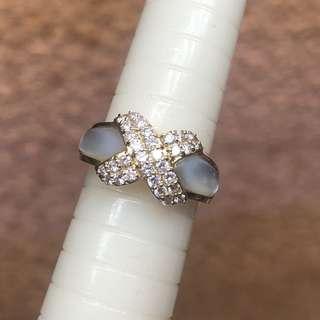 18kt diamond shell ring