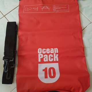 Dry Backpack (red)