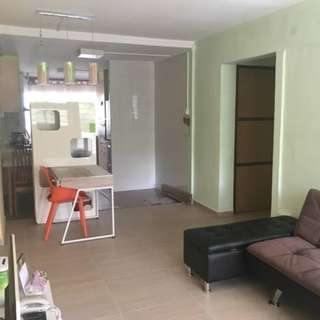 Fully-furnished 3-rm HDB in Clementi