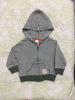 carter's hoodie ( 6 mos.)