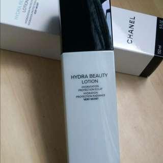 Chanel hydra beauty lotion very moist