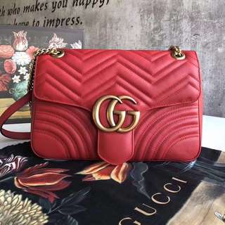 Gucci GG Marmont 大號size紅色