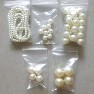 BN Acrylic Pearls in Assorted Sizes