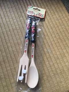Wooden salad fork & spoon set