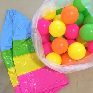 Bundle intex kiddie pool + 50 pcs pit balls