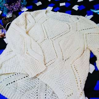 🏵米白-柔軟洞洞針織上衣