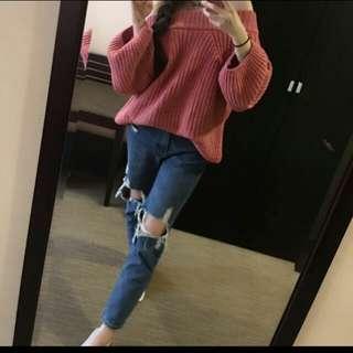 粉桃色毛衣+牛仔破褲M號