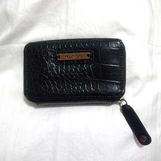 💯 Authentic Mango Wallet