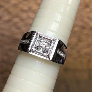 18kt diamond ring