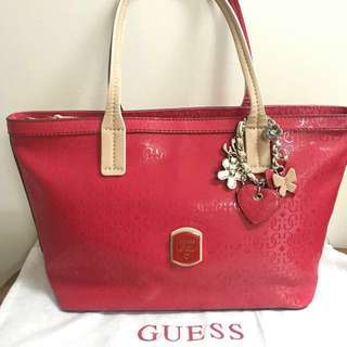 Guess hot red tote
