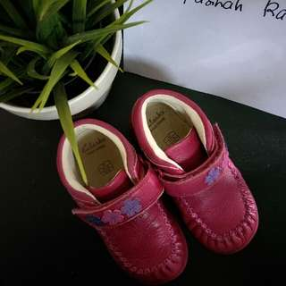clarks shoes girl 1-2years