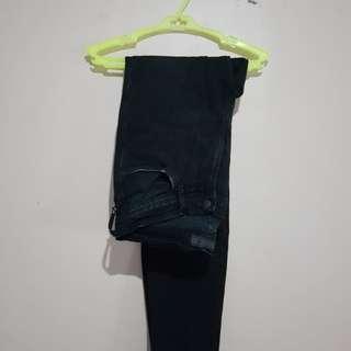 [Repriced] Black Zara jeans