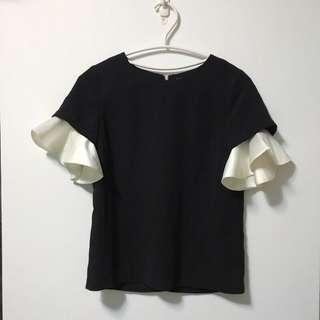[9成新 只穿過一次] Valentino風格 赫本風 黑白 簡約 荷葉邊 百搭 上衣 拼色