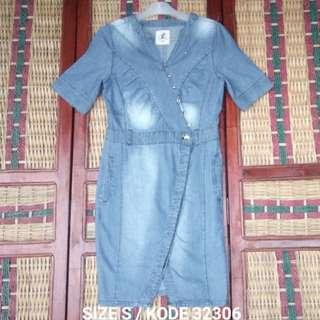Atasan Dress Gaun Stone Wash Denim Wanita Size S Kode 32306