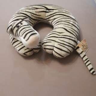 Tiger neck pillow