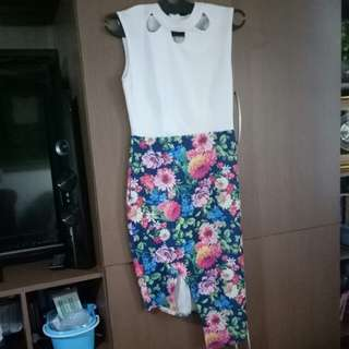 Flower asymetric bodycon