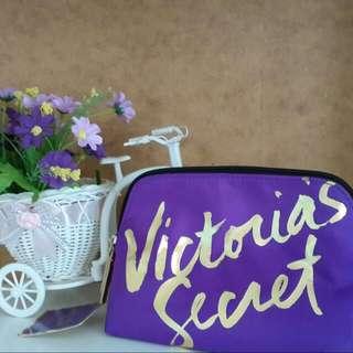 Pounch Victoria's Secret