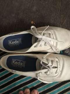 [PRELOVED] Sepatu KEDS