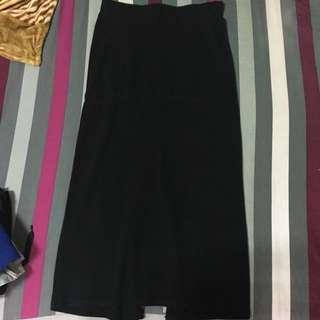 黑色開叉長裙